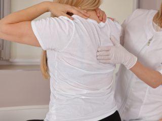 Rezonans magnetyczny kręgosłupa piersiowego – jak przebiega, jak się przygotować