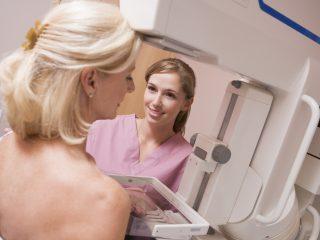 Mammografia, czyli rentgen piersi - jak przebiega, jak się przygotować