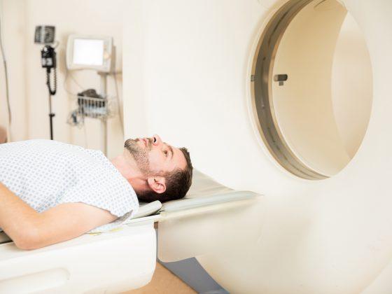 Tomografia HRCT klatki piersiowej - jak przebiega, jak się przygotować